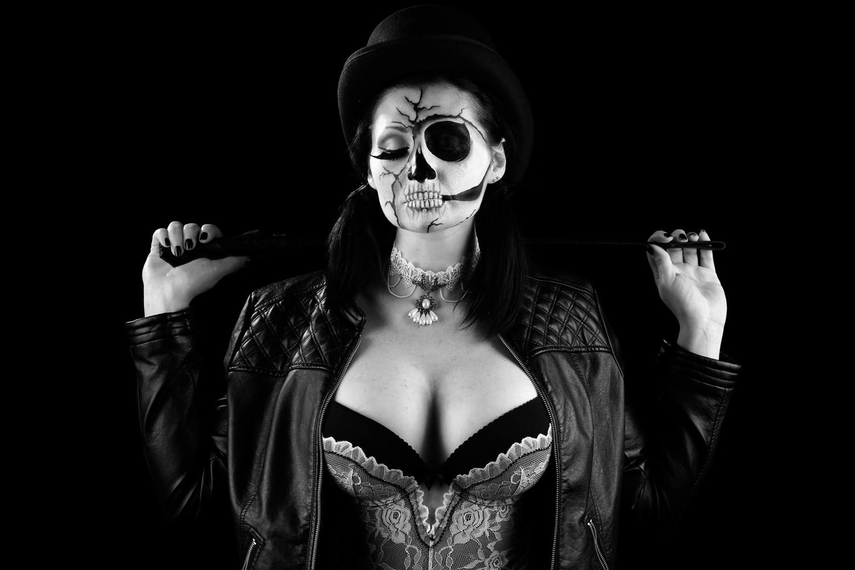 goth-mistress-debora-gentile
